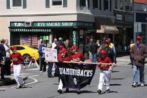 Smoke shop ll parade 2010
