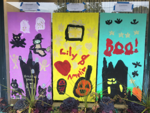 Halloween window 1 IMG_3305