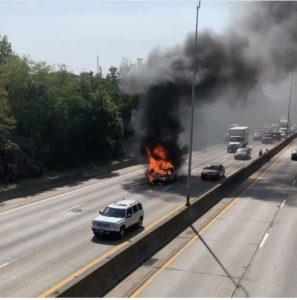 Rye I-95 Car Fire 09-21-2020 - 3 (fd)