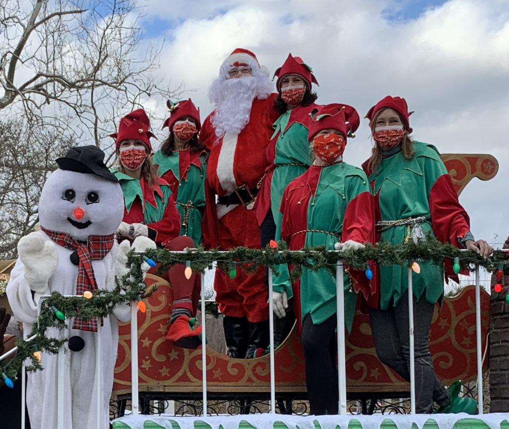 Rye Chamber Santa Drive By 11-28-2020 - 4 - Santa closeup