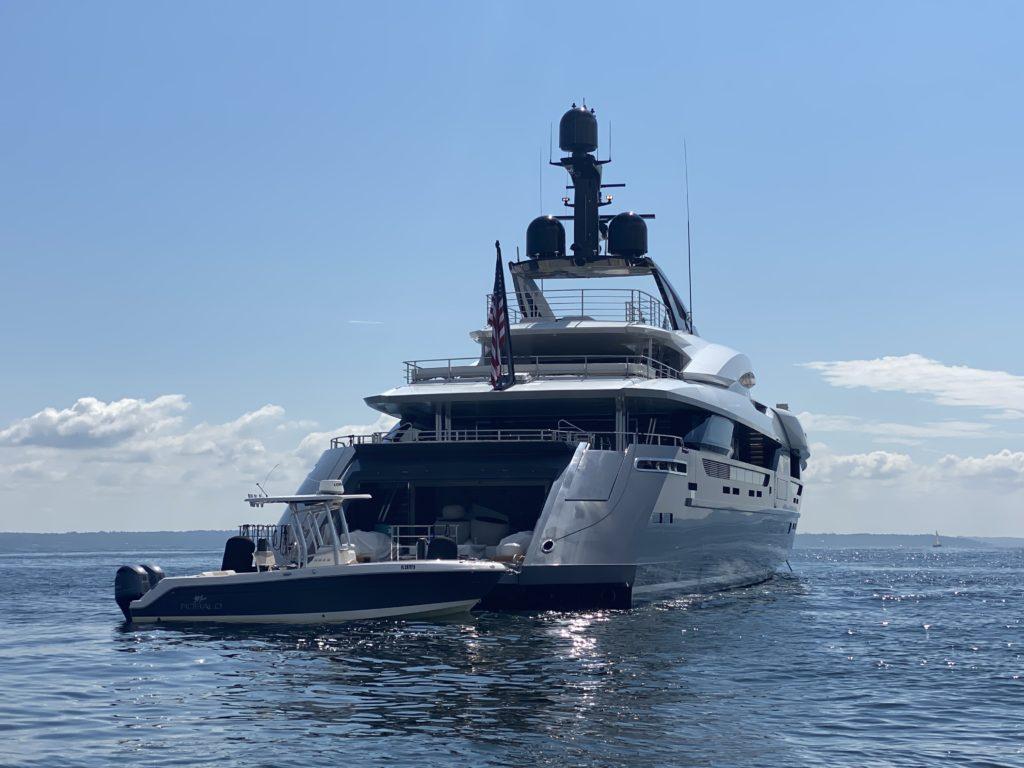 mega yacht Utopia IV off Rye, NY 2021-09-18 - 3 IMG_2167